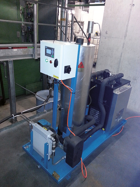 CJC Varnish Removal Unit installiert an Gasturbine