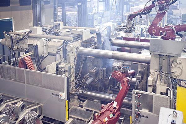 Ölpflege an Druckgießmaschine, HFC Fluid pflegen